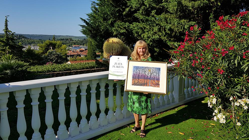 Nada Brezovar prejela zlato plaketo Občine Zagorje ob Savi